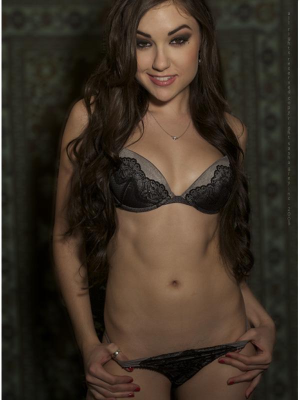 Emily ratajkowskis nude photo