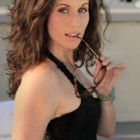 Foxy Femme: Heather Roop