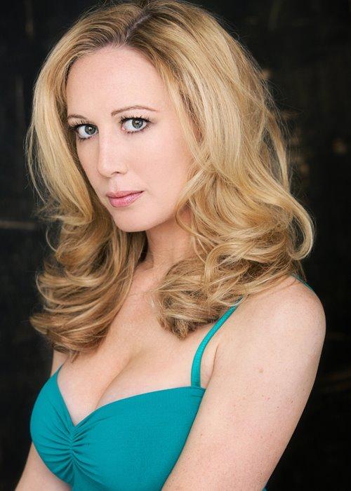 actress renee percy dumbbells