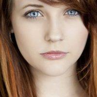 Rising Starlet: Nicole Elliott