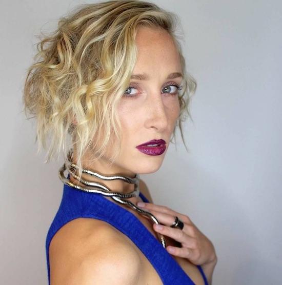 actress melanie papalia travelers