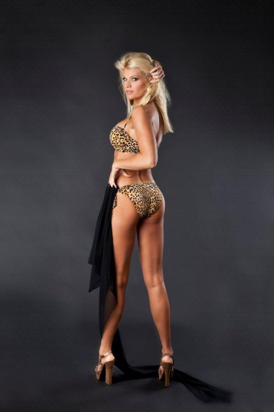 actress april bogenschutz blonde bombshell