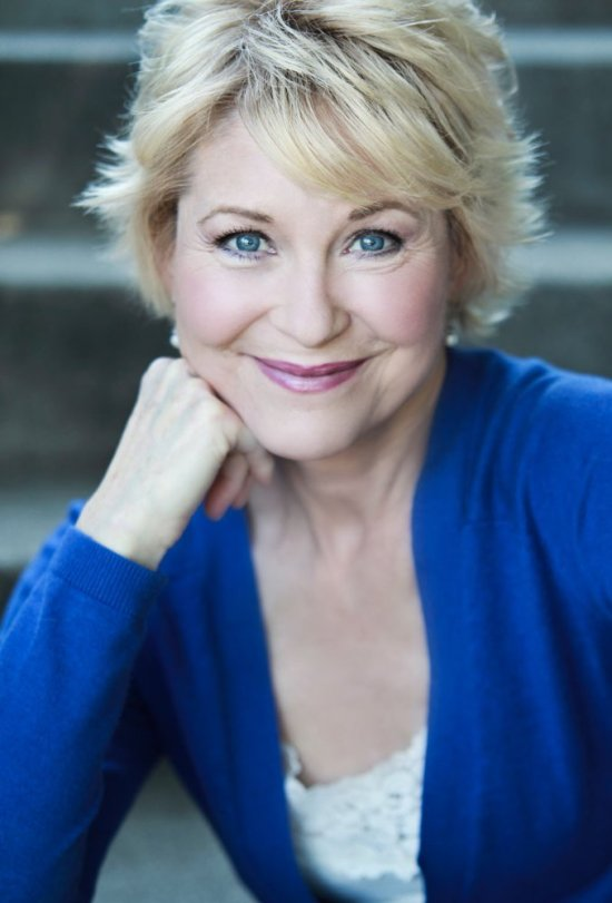 actress dee wallace charlie's gift