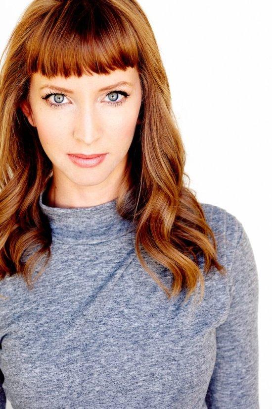 actress julia aks no evil