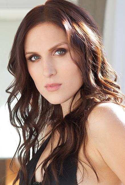 actress reid cox cannes 2017 mackenzie
