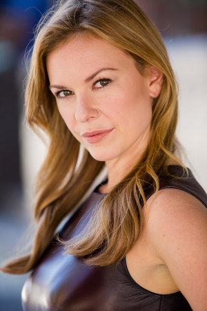 actress sarah grace sanders the perfect murder